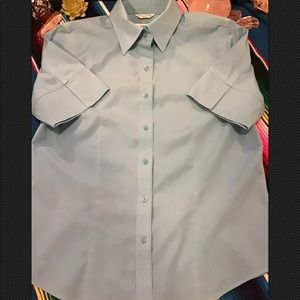 5/$32 ~ Robins Egg Blue Wrinkle Resistant